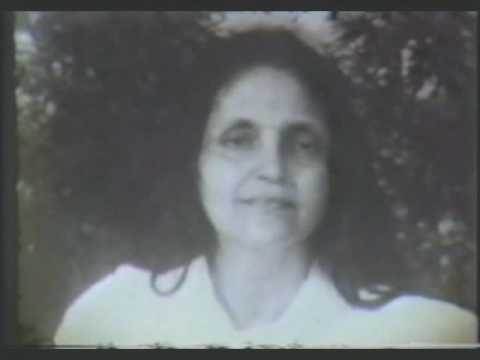 Sri Anandamayi Ma singing in 1958 Music Videos