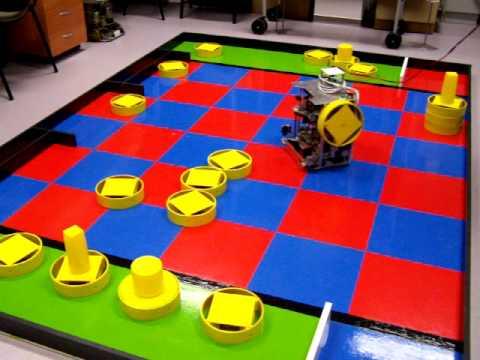 Eurobot 2011 versenyre készül� robot tesztje. A BME Automatizálási és Alkalmazott Informatikai Tanszék hallgatóiból alakult RoBUTE csapat. 2007-óta veszünk részt az Eurobot versenyen...