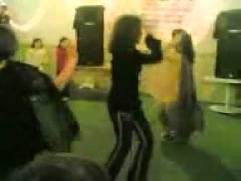 girls dancing party at peshawar PC
