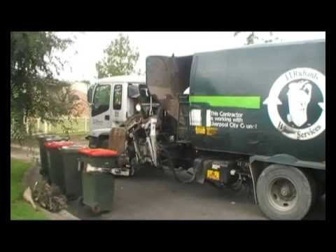 Old Liverpool Garbage Truck Video