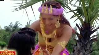 Meghna Naidu Hot N#v#l,B##S & Lip Kiss