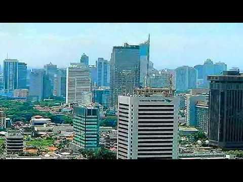 Kembali Ke Jakarta - Koes Plus video