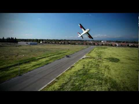Aerial Video of 3D airplane from Multicopter