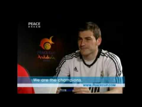 English Lessons with Pepe Reina and Iker Casillas