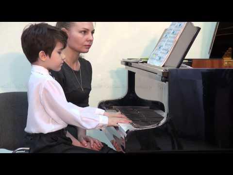 Григ Эдвард - три пьесы для фортепиано Танец из Йольстера