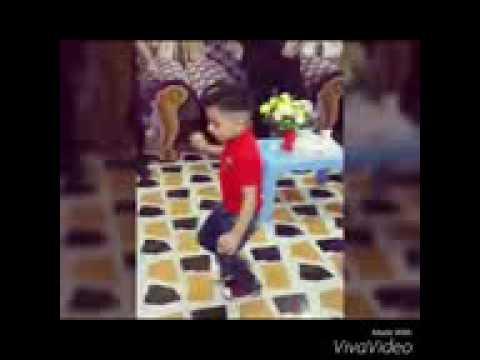 طفل عراقي من الكوت  يرقص رقص خرافي وقوي جدا thumbnail