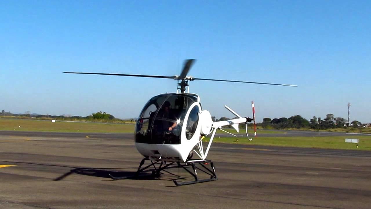 Helicoptero Schweizer 300 Pouso de Schweizer 300 hd