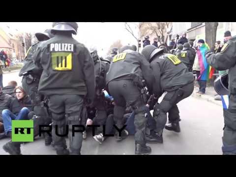 """Germany: Violent scenes at """"Demo fur Alle"""" in Stuttgart"""