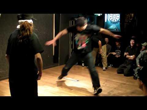 白井家 vs 江戸川アンダーザブリッチ 1/2 Music Videos