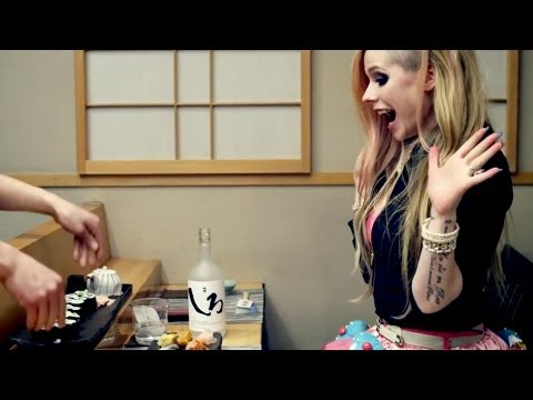 Avril Lavigne Racist?! hello Kitty Video Offends Or Honors? video