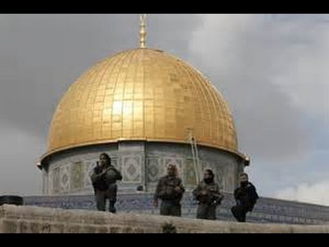 Jerusalem al Aqsa mosque Masked Palestinians clash hours before the start of Jewish New Year