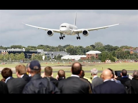 Boeing's 787 Dreamliner grounded