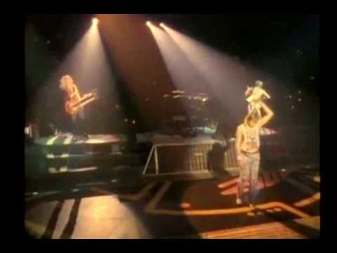 Def Leppard - Bringin On The Heartbreak Acoustic Live