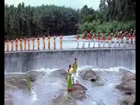 Nee Varuvai Ena - Athi Kalayil Music Video By Ajith, Devayani.mp4 video