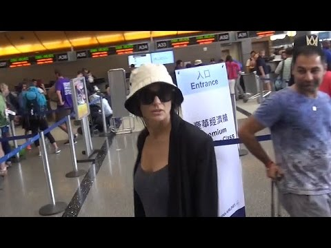 Demi Moore Goes Low-Profile Through LAX