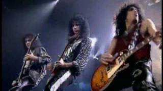 "KISS ""I Want You"", live in Detroit"