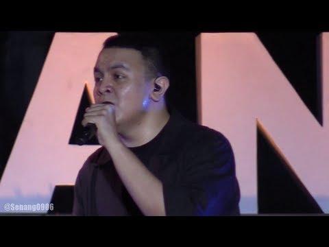 Tulus - Adu Rayu @ Prambanan Jazz 2019 [HD]