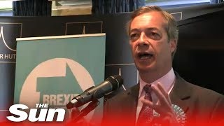Farage speaks at Brexit Party event in Brentwood