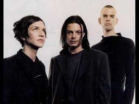 placebo - bigmouth strikes again