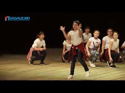 Праздничный концерт посвящённый 160-летию школы №1 в Чадыр-Лунге