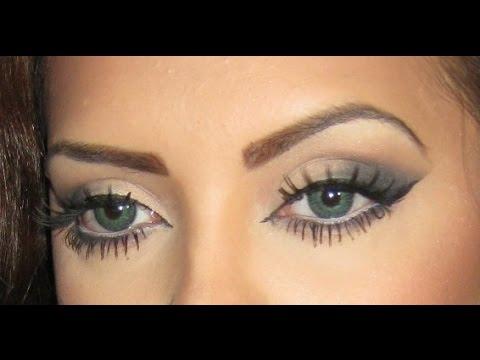 Eye makeup tape
