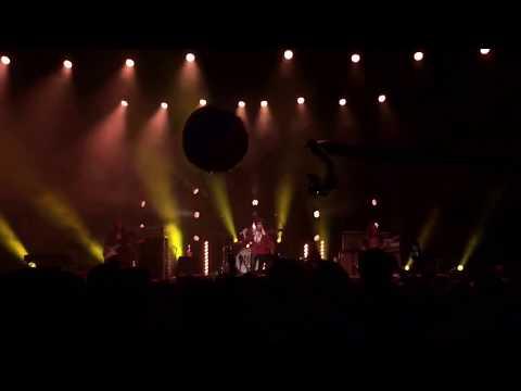 Greta Van Fleet - When The Curtain Falls (Toronto 1 2018)