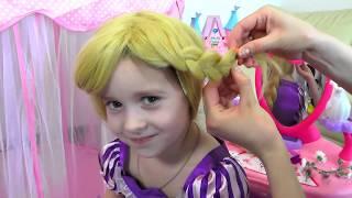 РЕЖЕМ ВОЛОСЫ София в ШОКЕ !Принцессы Диснея Princess Rapunzel Real Life Disney Princess Toy For Kids
