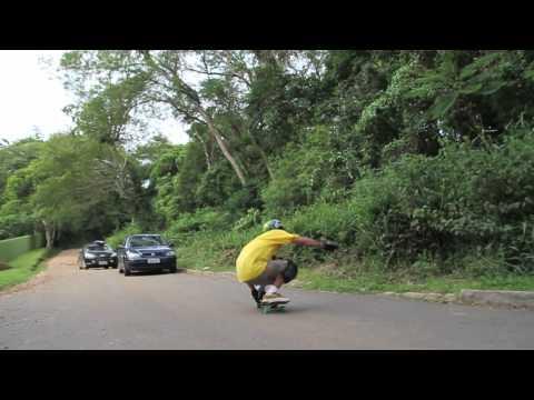 ABEC 11 - Sergio snaking Fernando's wheels.