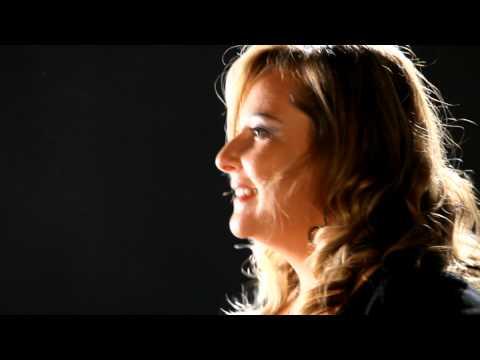 DJMUSICLIVE.COM – Mambo Italiano Musica per il matrimonio Puglia (videoclip)