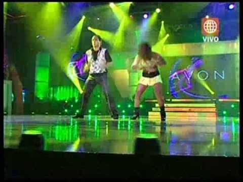 Roberto Martinez Bailando en el  Gran Show