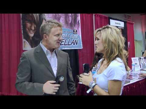 Chicago Comic Con 2011 - Anthony Michael Hall (The Breakfast Club, The Dead Zone)