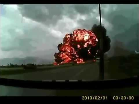 Airplane Crashes ON CAMERA - Unbelievable Bagram Airfield Crash in Kabul Afghanistan 29 APR 2013