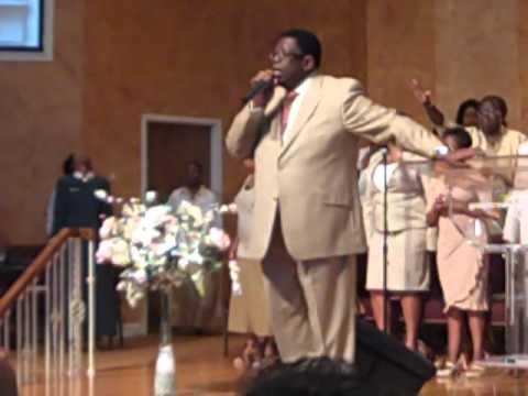 Praise Break-Pastor Terry Gullage Sr.