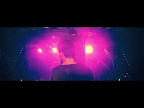Tisto - Chasing Summers (R3hab & Quintino Remix) [OFFICIAL VIDEO]
