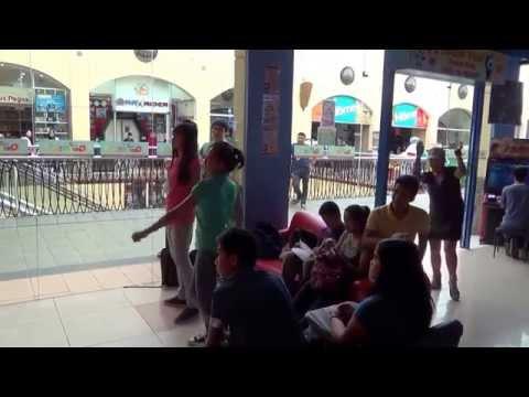 Sexy Girls Dancing at Quantum Amusement - Baguio City, Philippines