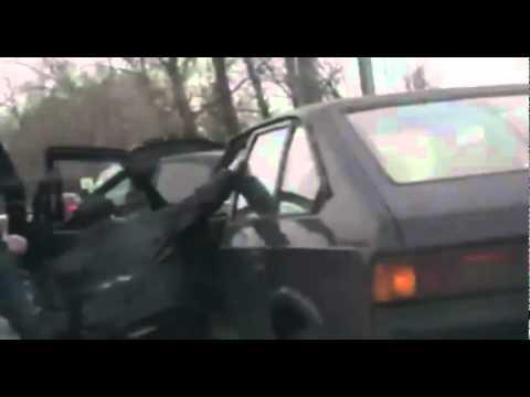 Сергей Светлаков разбил битой Mercedes помог дедушке