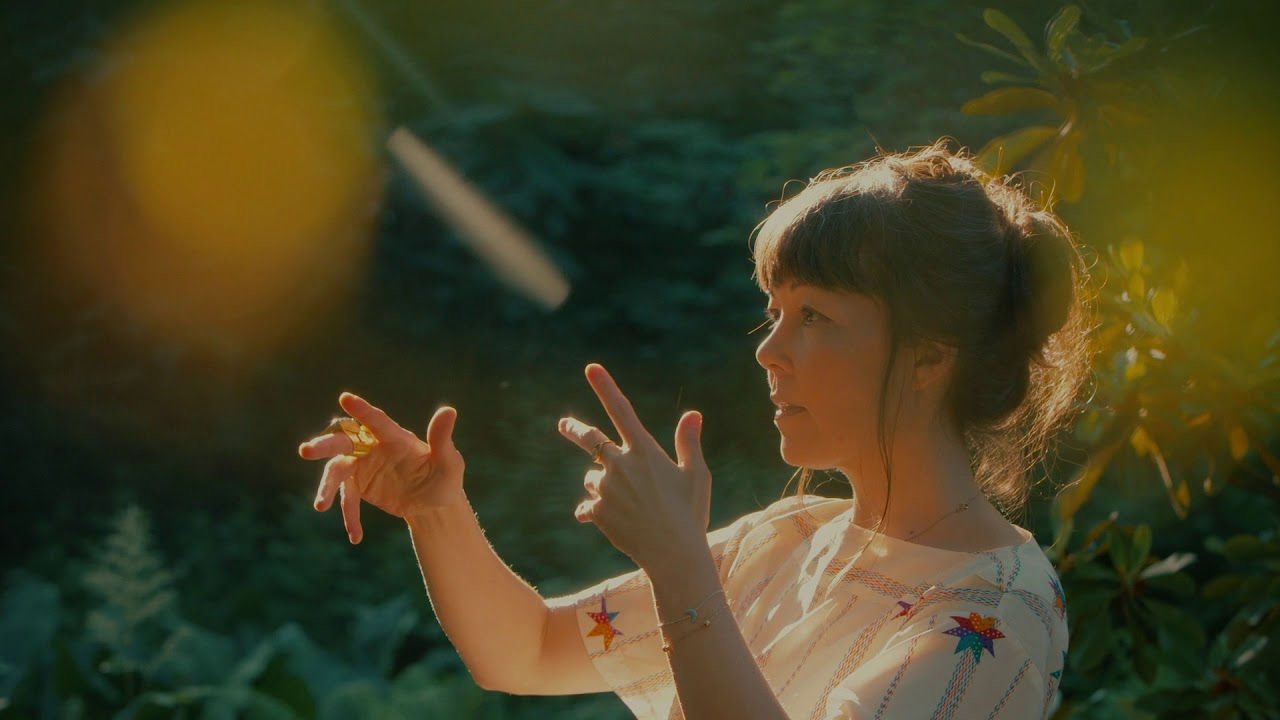 "Sumie (Sandra Sumie Nagano) - ""Moon""のMVを公開 新譜EP「Mirou」2019年9月13日配信開始予定 thm Music info Clip"