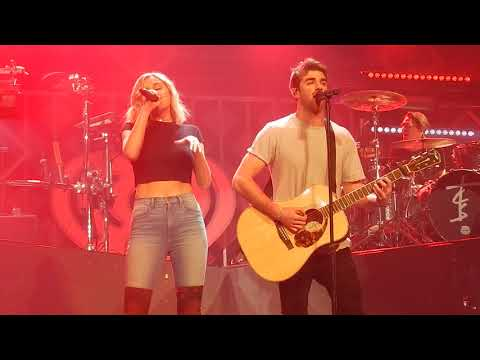 Download The Chainsmokers This Feeling ft Kelsea Ballerini St Paul Jingle Ball