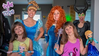 Princess Cinderella and Merida Help Kate and Lilly Find Elsa and Anna Dolls