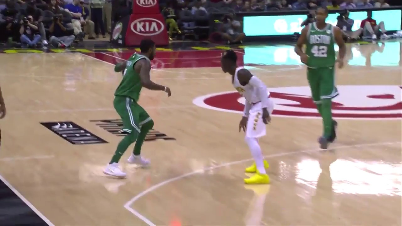 Celtics' Kyrie Irving Puts on a Dribbling Clinic vs. Hawks