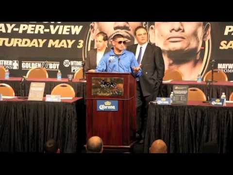 AMIR KHAN v LUIS COLLAZO - POST FIGHT PRESS CONFERENCE - THE MOMENT