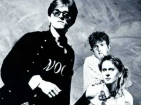 Prefab Sprout - Walk On