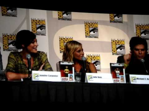 Dexter Interview Panel at Comicon 2009 (Part 10 of 10) Questions with Michael C. Hall, Julie Benz Video