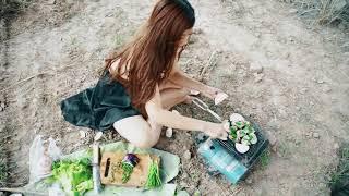 Chán đời nữ sinh ra đồng nướng ngao ăn một mình   hot girl ẩm thực