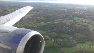 British Airways Boeing 737-400 turbulent and windy landing at London Gatwick