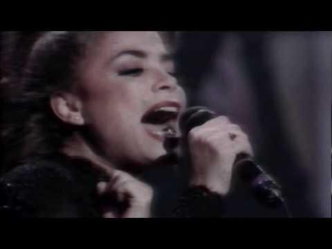 Paula Abdul - Rush Rush (Live In Japan) (Widescreen) (HQ)