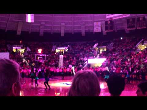 Cathy Richardson here Come The Irish Live Nd Women Basketball Halftime video