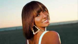 Watch Keri Hilson Mic Check video