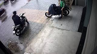 Trộm xe(2)