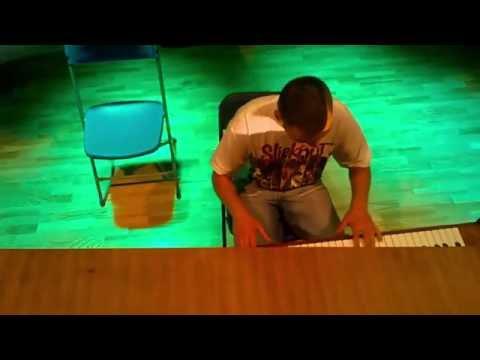 Hugo-Gra Na Pianinie